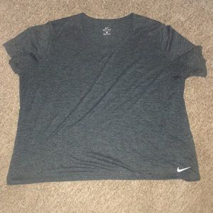 Woman's Nike Dri Fit Shirt NWOT